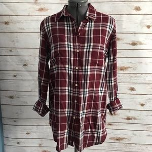 Joe Fresh burgundy and navy flannel plaid medium